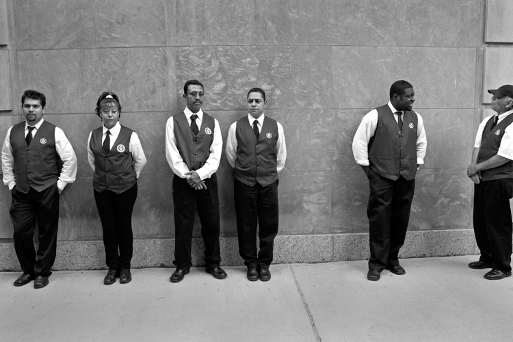 photoblog_chicago_freelance_photojournalist_michaeljarecki_valet_workers_interesting_faces_people_workforce