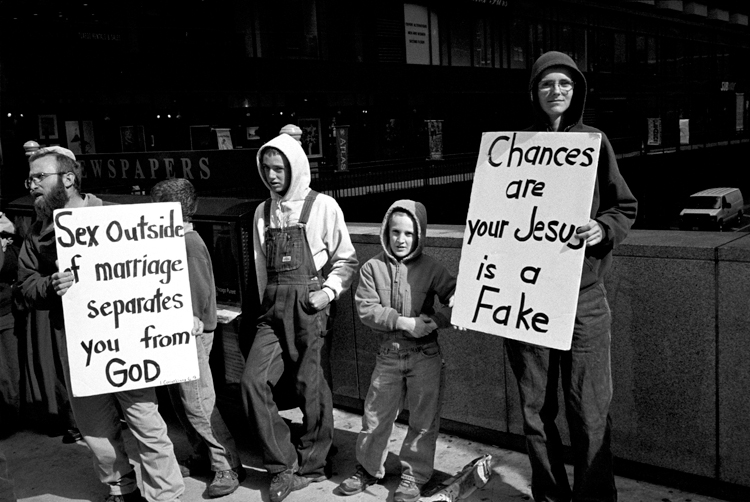 photoblog_chicago_photographer_michaeljarecki_black&white_street_photograph_kids_religion_sex_jesus_fake