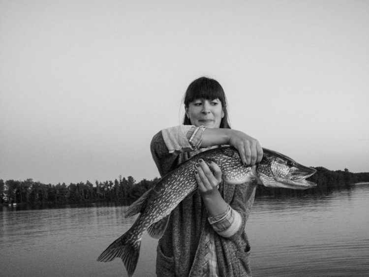 photoblog_chicago_freelance_photographer_michaeljarecki_margaret_fish_northern_pike_big_wisconsin_nature