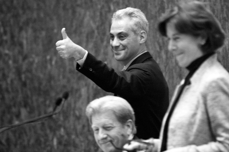 Mayor Rahm Emanuel gives a thumbs up after the city budget was approved with a vote of 45-5 during the City Council meeting on Tuesday, November 26, 2013. | Michael Jarecki/For Sun-Times Media