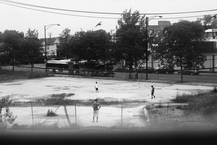 photoblog_chicago_freelance_photographer_michaeljarecki_photojournalist_out_my_window_soccer_football_worldcup_kids_black&white