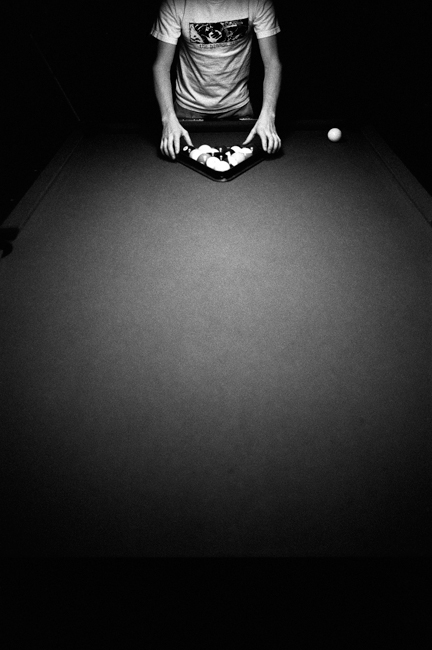 photoblog-freelance-photographer-michaeljarecki-photojournalist-chicago-black&white-awesome-billards-pool-table-dramatic-cool