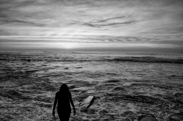 photoblog-freelance-photographer-michaeljarecki-commercial-street_photography-life-candid-black&white-ocean-landscape-LaJolla-California-people-candid-epic-sunset-sky-emotion