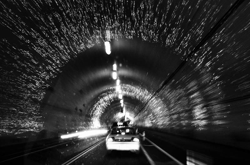 photoblog-freelance-photographer-michaeljarecki-commercial-landscape-black&white-movement-motion-cars-cool-awesome-los_angeles-travel-tunnel